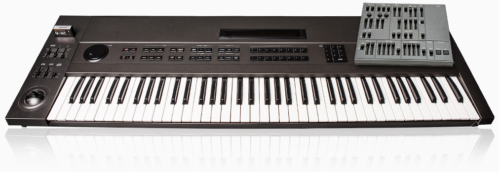 UVI UVX-10P | Synth